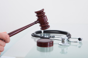 Writing Topic on Medical Malpractice and Legal Issues Nursing